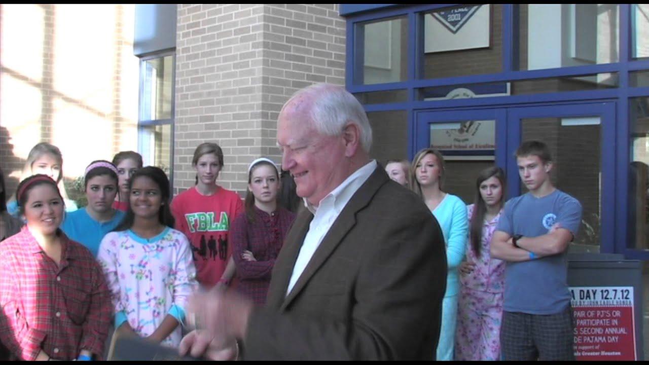 Pajama Day at James E. Taylor High School - YouTube
