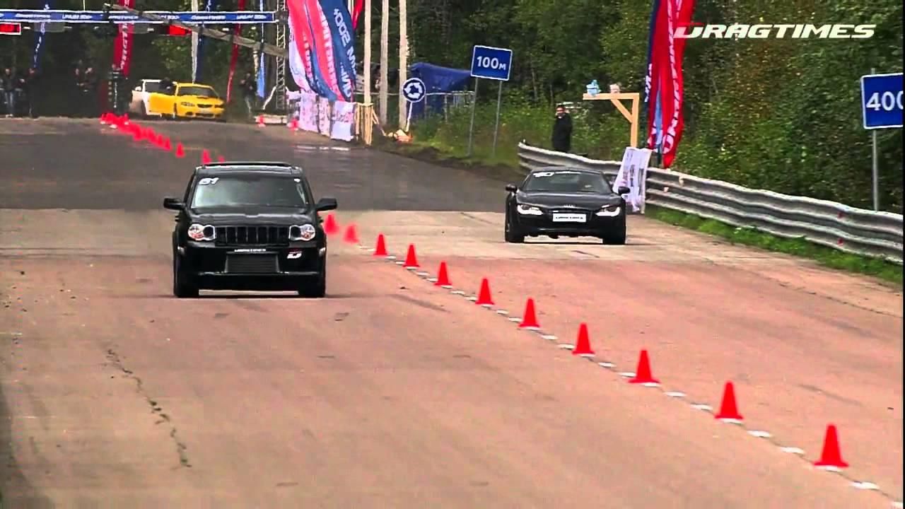 Audi R8 V10 VS Jeep grand cherokee SRT8 - YouTube