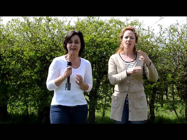 Testimonial Communiceren met Dieren Pam en gebarentolk Astrid