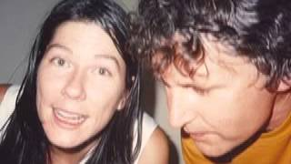 Robert Pollard & Kim Deal-Love Hurts