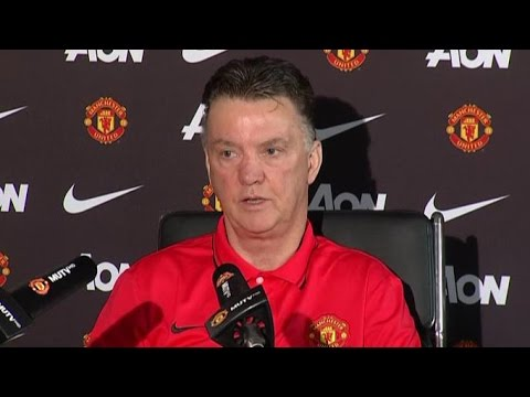 Manchester United - Louis Van Gaal Says Marouane Fellaini Is Now Undroppable