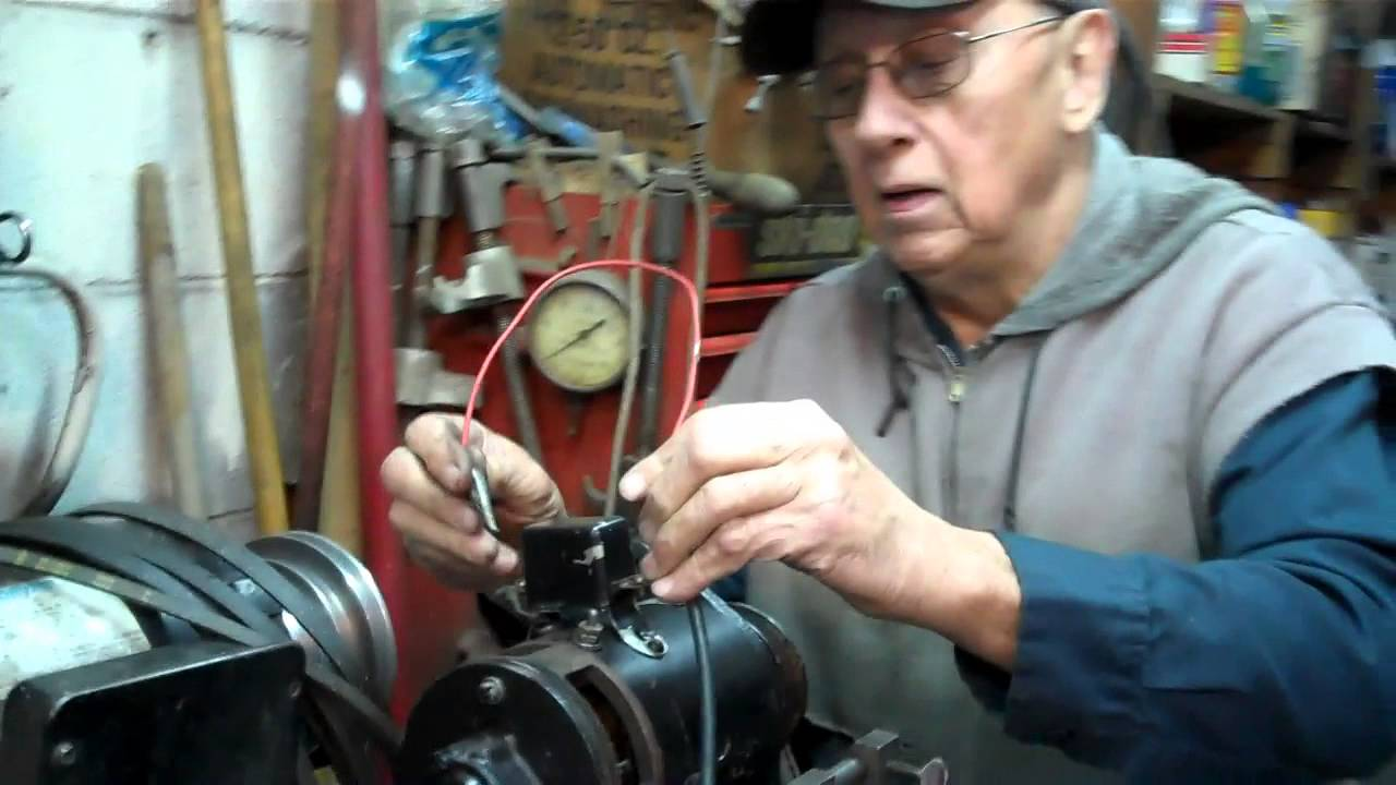 setting polarity and adjusting output of 1952 auto lite 6 volt generator [ 1280 x 720 Pixel ]