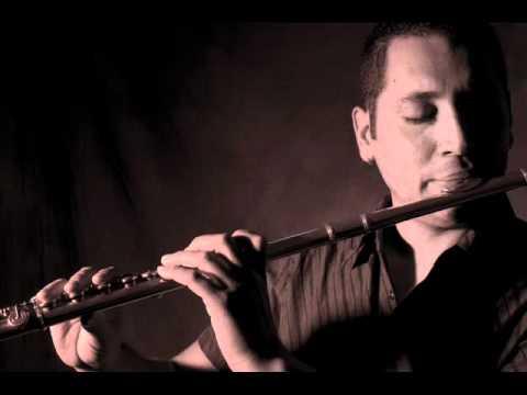 "Jazz Flute Player Túpac Amarulloa ( Costa Rica )  ""Flautazul"""