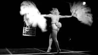 A Burlesque World Record Marathon - Sassy Ray
