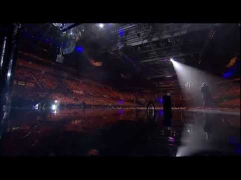 Lee Evans: Monsters - Preparing For The Show