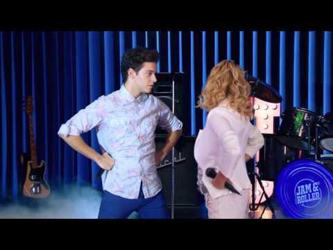 "Anbar y Mateo cantan ""Mirame a Mi""_ Soy Luna"