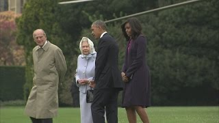 Queen welcomes Barack and Michelle Obama to Windsor Castle