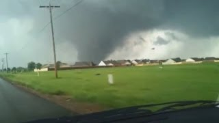 Oklahoma tornado: Amateur footage captures devastating twister