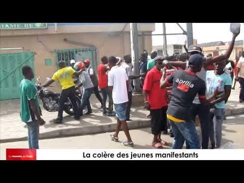 La colère des jeunes manifestants de l'opposition à Bè