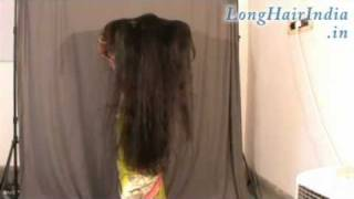 Repeat youtube video Sheela's Very Silky Knee Length Long Hair