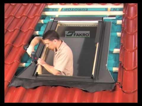Filmato fakro raccordo tegole sagomate ehv youtube for Faelux srl finestra per tetti