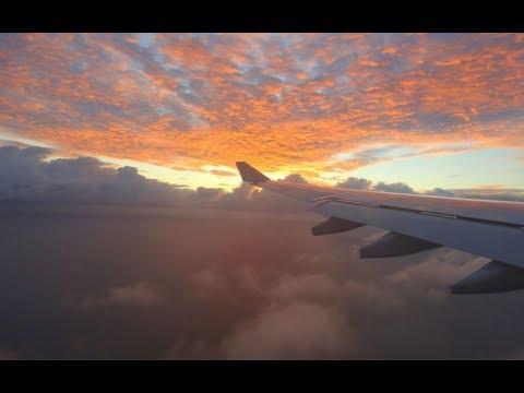 BEAUTIFUL SUNRISE: QANTAS Airbus A330 Perth to Brisbane