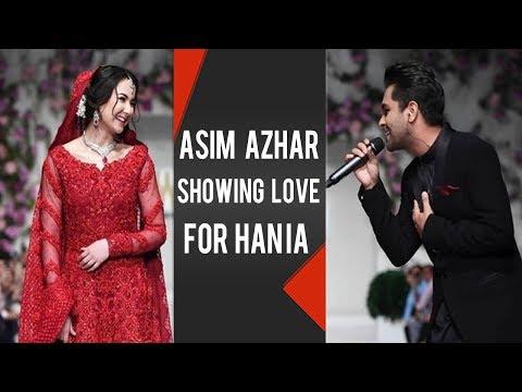 Asim Azhar Showing Love For Hania Amir Live