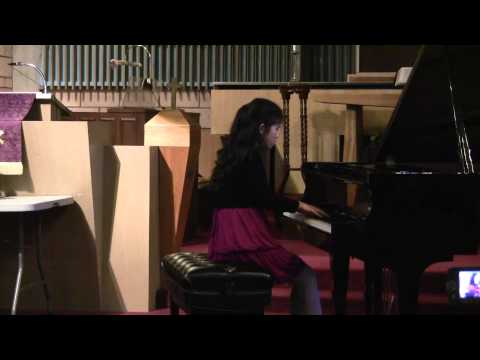 Ariana Zhang Plays 山丹丹花开红艳艳 Glowing Red Morningstar Lilies By Wang