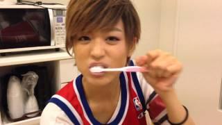 バニラビーンズのレナさんの歯磨き動画が話題ということで風男塾も流行...