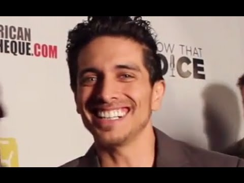 JOSH KEATON Wears Many Capes! Interview on Superheroes & Voice Acting at I Know That Voice premiere