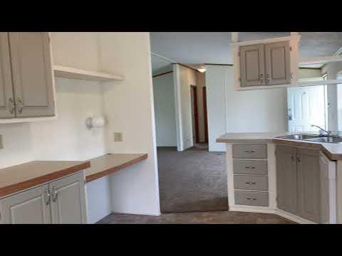 92-woodlot-court,-flint,-mi-48506-i-3-bedroom/2-bath-manufactured-home-for-sale
