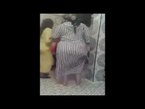فضيحة مغربية صاحبة أكبر مؤخرة كبيرة  و عجيبة ترقص في عرس مغربي