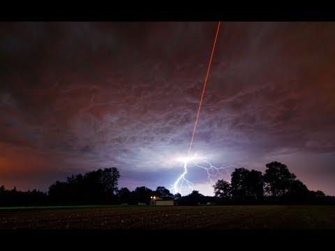 TROUBLE CLIMATIQUE CHANGEMENT DE TEMPS CONFIRME LAZER DANS LE CIEL CREATION DE FAUX NUAGES ?!?!