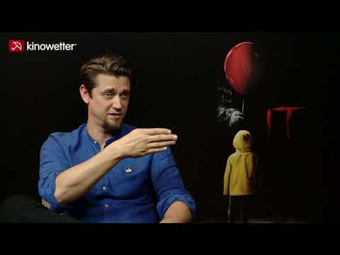 Andy Muschietti on being bullied & the...