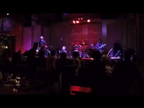 Darren Rahn performs Altered Ego Live at Spaghettini (August 20, 2016)