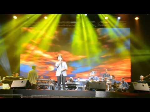 maher-zain---baraka-allahu-lakuma-(live-in-malaysia-2013)