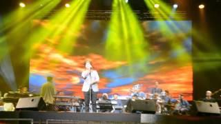 Maher Zain - Baraka Allahu Lakuma (Live in Malaysia 2013)