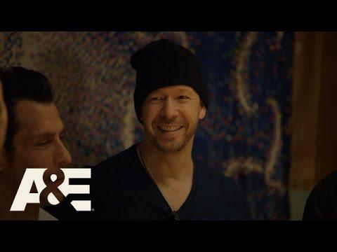 Download Donnie Loves Jenny: Bonus Scene - The New Kids' Old Clothes (Season 2, Episode 6) | A&E