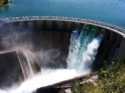 Прямая трансляция с места разрушения плотины в США на озере ОРОВИЛЛ / ДИКООБРАЗАМ СЮДА
