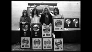 Led Zeppelin-When the Levee Breaks (live Bootleg--1975)