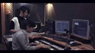 Yêu - Triệu Hoàng ft. Miss Teen Huyền Trang (Official)