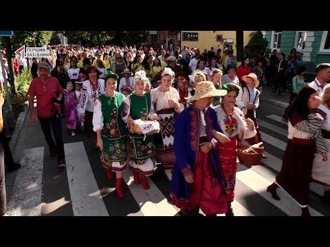 ПЕРШИЙ ЗАХІДНИЙ: На Кам'янеччині гучно відсвяткували 400 років з народження першої театральної вистави.