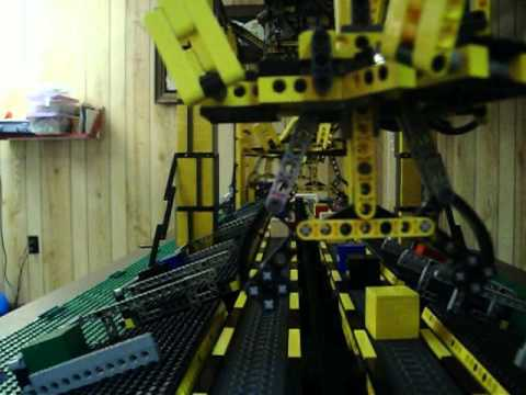 Video thumbnail of Lego Mindstorms NXT