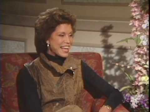 """Download Mary Tyler Moore for """"6 Weeks"""" 12/7/82 - Bobbie Wygant Archive"""