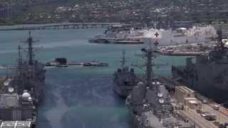 canadian submarine hmcs victoria ssk 876 arrives pearl harbor