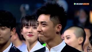 [Fancam] Huang Jingyu glanced to Xu Weizhou