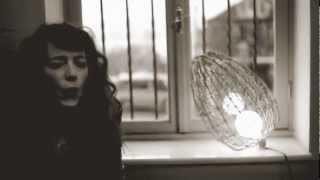 """Melissa Auf der Maur - Out of Our Minds / """"Long Way From Home"""" Istanbul Acoustic Sessions"""