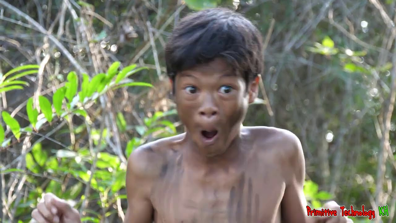 Primitive Technology - Eating Delicious - Findig & Cooking Fish In Jungle For Food #187