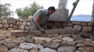 видео Дикий камень во дворе: укладка
