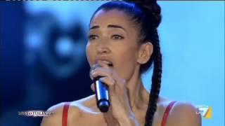 Miss Italia - A MISS ITALIA 2013 NINA ZILLI CANTA CINQUANTAMILA LACRIME
