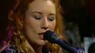 Crucify (live) - Tori Amos