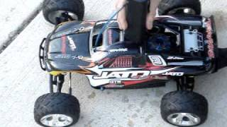 Traxxas Jato 3.3 Very Fast Doing Some Wheelies