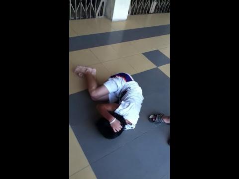 Học Sinh Lê Thị Hồng Gấm bị đánh hội đồng (tập 1)
