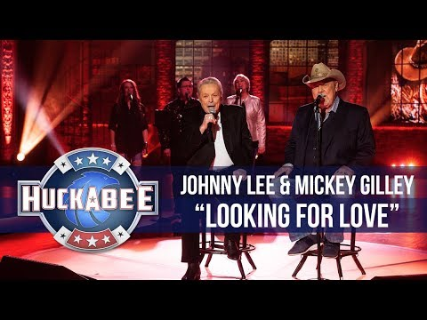 """Johnny Lee & Mickey Gilley Perform """"Looking For Love"""" 