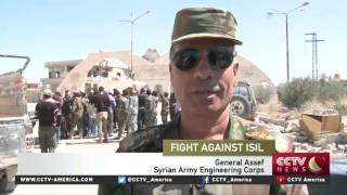 Fight against ISIL: Syrian troops recapture devastated town