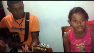 Yasmin Nayane- cantando Simone e Simaria