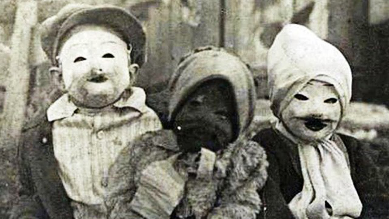 15 Terrifyingly Creepy Vintage Halloween Costumes & 15 Terrifyingly Creepy Vintage Halloween Costumes - YouTube