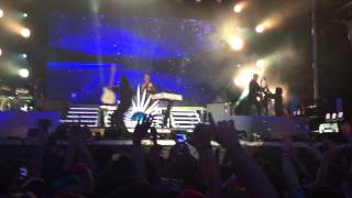 Empire of the Sun - Walking On A Dream / Tiger By My Side (Live @ Firefly Music Festival 2015) HD