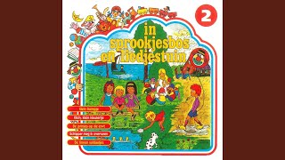 Provided to YouTube by The-Source Ik Zag Twee Beren / Toen Onze Mop Een Mopje Was · De Madeliefjes In Sprookjesbos en Liedjestuin, Vol. 2 ℗ 1974 ...