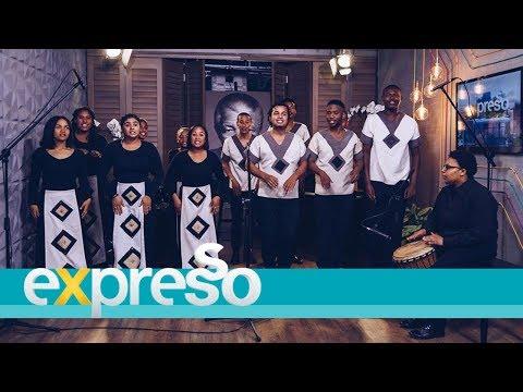 """South African Youth Choir perform """"Hare Bapala"""""""
